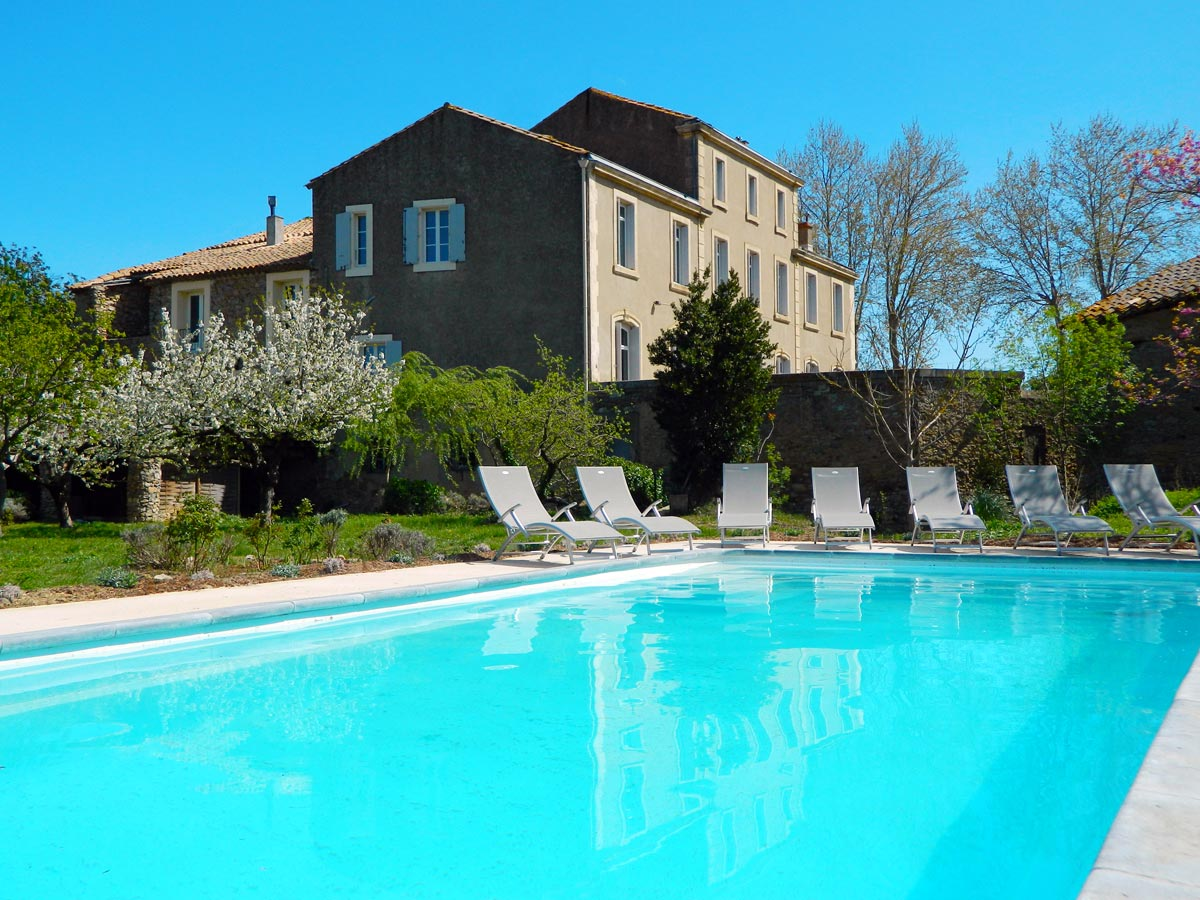 languedoc holiday house pool